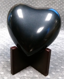 Compassionate Pet Cremation Henderson & Las Vegas NV - Large heart Black 0 - 12 Lbs