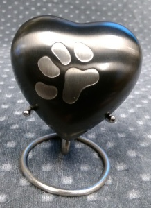 Compassionate Pet Cremation Henderson & Las Vegas NV - Odyssey Small Heart Slate 0 - 10