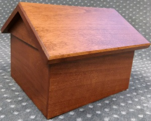 Compassionate Pet Cremation Henderson & Las Vegas NV - Wooden Dog House Redwood Small Med Large